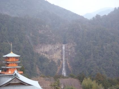 PC240131_convert_20121226160428[1]那智の滝
