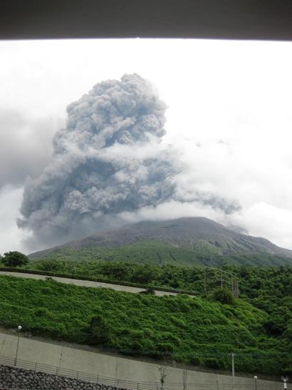 6月4日朝 桜島爆発1