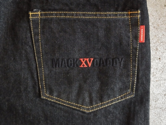 MDY FAT DENIM SHORTS BLACK BACK PT