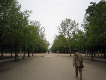 パリ2日目朝IMG_4420 - コピー
