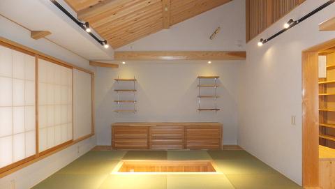 0568名古屋市中村区「中庭を眺める家」内観