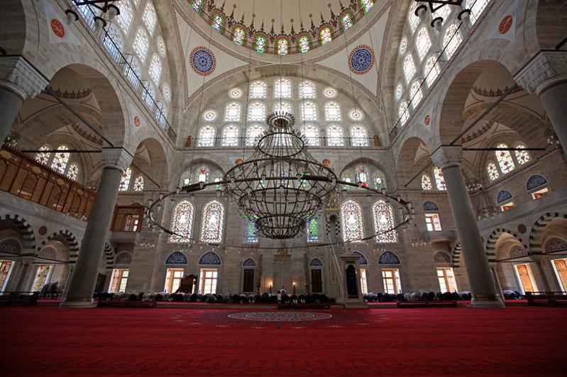 6イスタンブル・ミフリマジャミィ礼拝