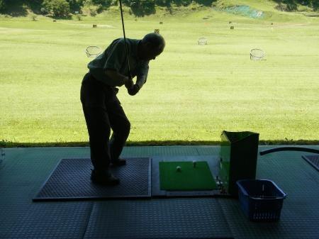 おじいゴルフ亜縮小
