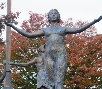 彫刻美木さん縮小