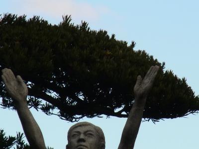 正月銅像1縮小