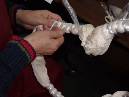 綿糸を縛り染め7