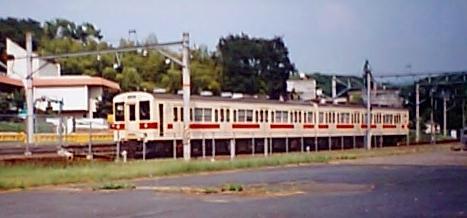 まだ、105系2両編成による運転がされていた 22