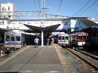 南海6200系・8200系、近鉄7400系の3並び