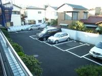 草夢駐車場