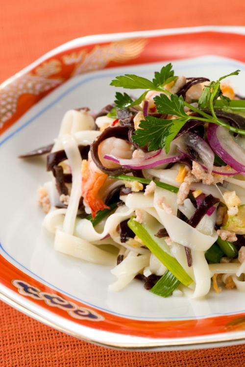 ふし麺タイ風サラダ