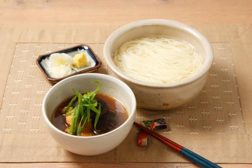 阿波尾鶏と干し椎茸のつけ麺