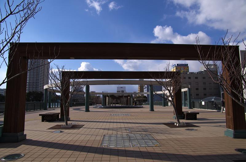 阪神尼崎駅 庄下川