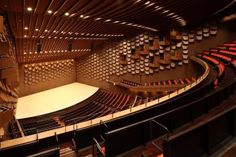 コンサート仕様(3階席から)高画質