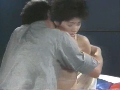 【朝吹ケイト】ブラ外され乳首舐められる濡れ場