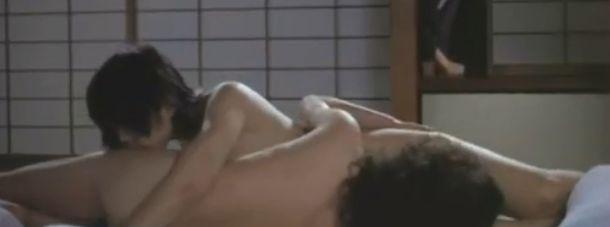 【麻生うさぎ】おっぱい丸出しのレズ濡れ場映像