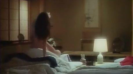 【星野由妃】全裸騎乗位で激しく突かれる濡れ場