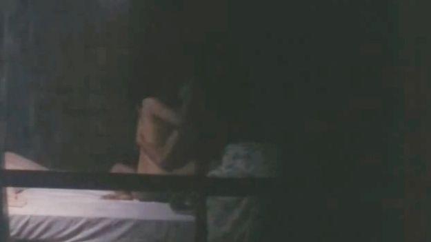 【泉じゅん】乳首吸われながら対面座位で悶える濡れ場シーン