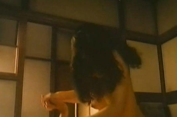 【川上麻衣子】濡れ場で腰ふり騎乗位シーン