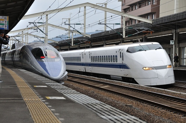 300系at徳山駅