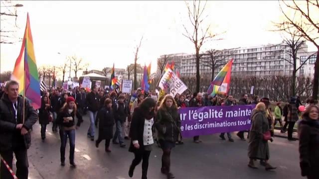 虎と小鳥のフランス日記 87話 パリの同性結婚賛成デモ