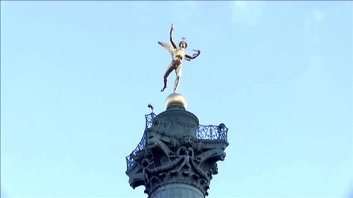 バスティーユ広場の自由の女神