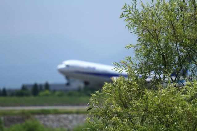 re120709富山空港_7