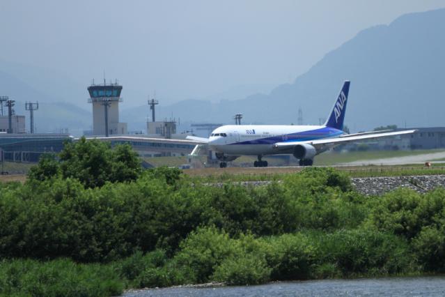 re120709富山空港_6