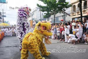 この記事「プーケットのギンジェー祭り・前編」の写真 (122-218)