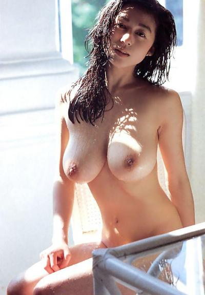 AoyamaChikako2_conv.jpg