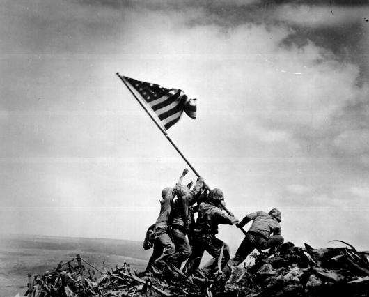 WW2_Iwo_Jima_flag_raising-l_conv.jpg