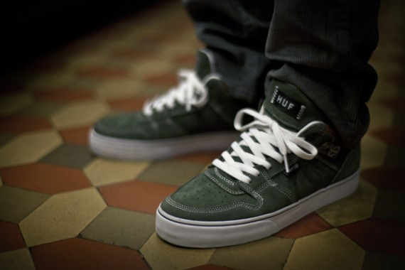 huf-fall-2012-collection-delivery-2-lookbook-08-570x380.jpg