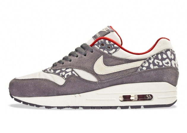 nike-air-max-1-leopard-pack-holiday-2012-2.jpg