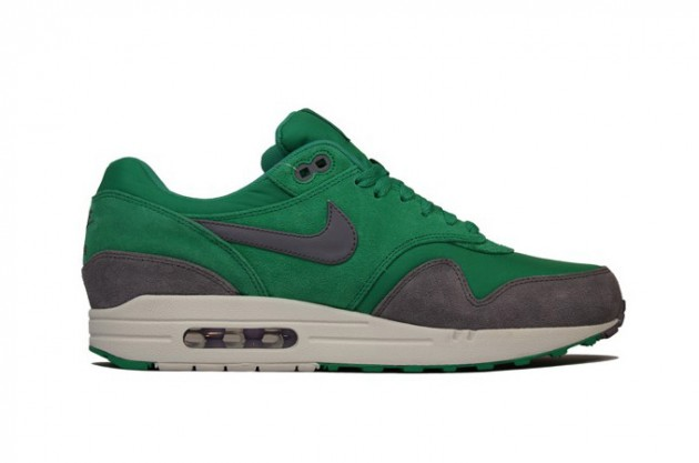 nike-air-max-1-premium-holiday-2012-1-630x417.jpg