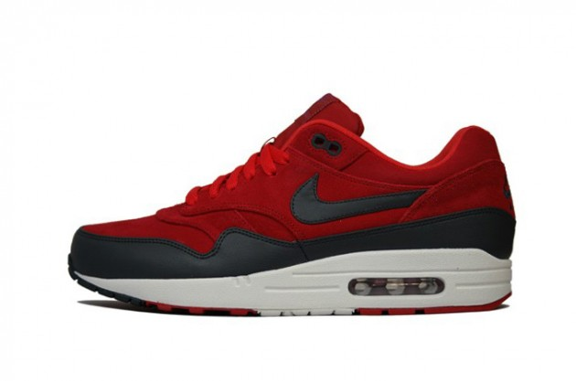 nike-air-max-1-premium-holiday-2012-6-630x417.jpg
