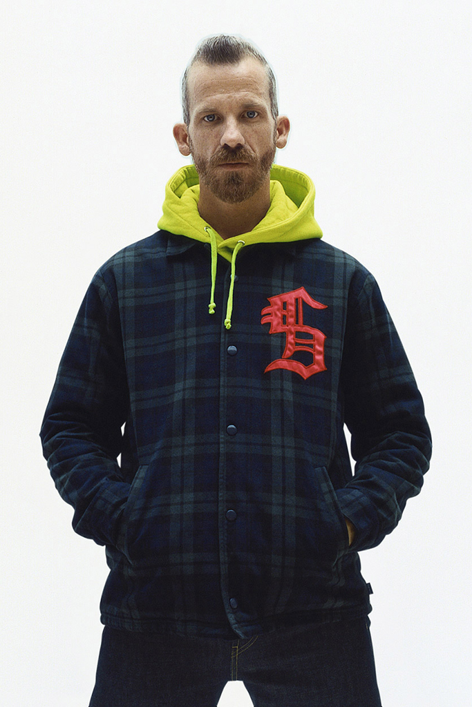 supreme-2012-fall-winter-lookbook-13_20120821014617.jpg