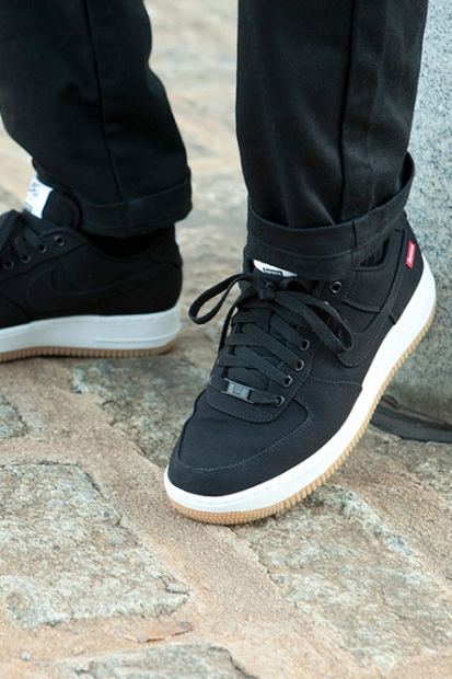 supreme-nike-2012-fall-winter-nike-af1-1-413x620.jpg