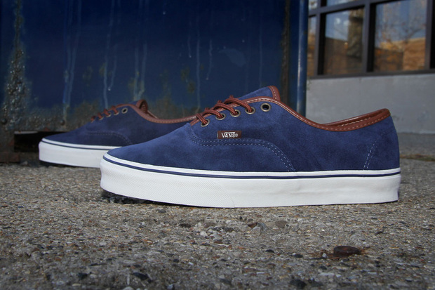 vans-authentic-peacoat-1-620x413.jpg