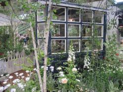 庭の延長のような部屋