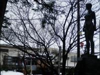東三日市駅前