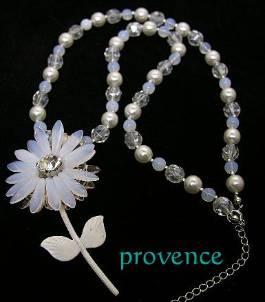 vintageflowerwhitemeck.jpg