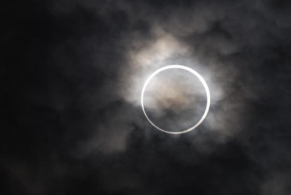 金環日食 004
