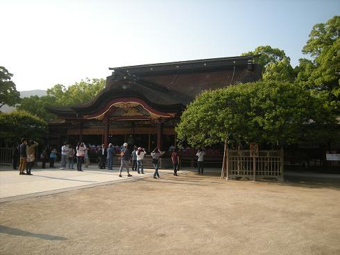 隆景さんが建てた本殿。