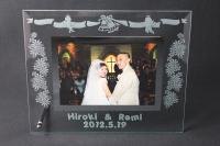 結婚記念にガラスのフォトフレーム