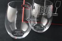 結婚祝いの彫刻グラス