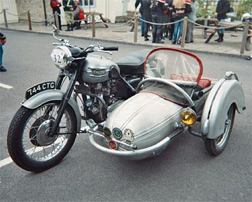 triumph-motorcycle-and-sidecar-combination-241756240.jpg