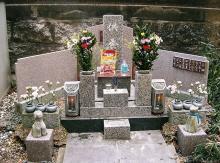 ジュンの墓