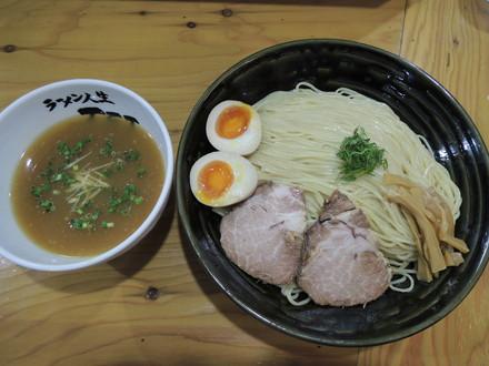 冷やしつけ麺 すする(900円)