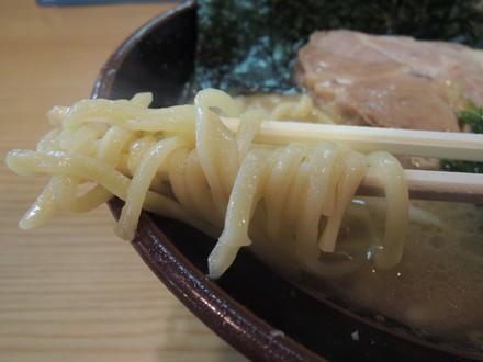 らーめん(並)の麺