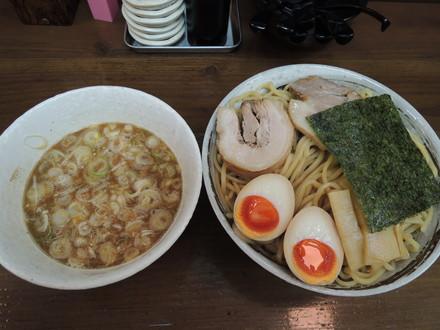 豚骨魚介ベースつけ麺大盛(1130円)