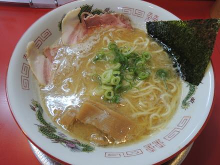 たんろん鶏魚介ラーメン(650円)
